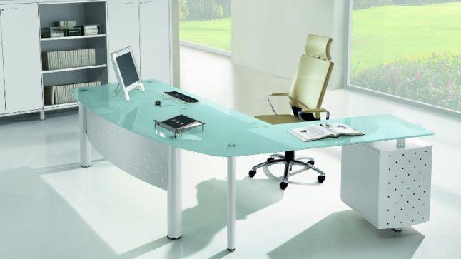 crivania-ufficio-con-piano-in-vetro_800x533